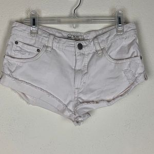 Free People- White Raw Hem Jean Shorts size 25